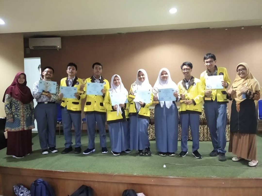 Cabang Dinas Pendidikan Wilayah III dan MKKS SMA Kota Bekasi pada Selasa, 10 Maret 2020 menyelenggarakan Kompetensi Sains Nasional Jenjang SMA Tingkat Kota Bekasi Tahun 2020 di SMAN 1 Bekasi.
